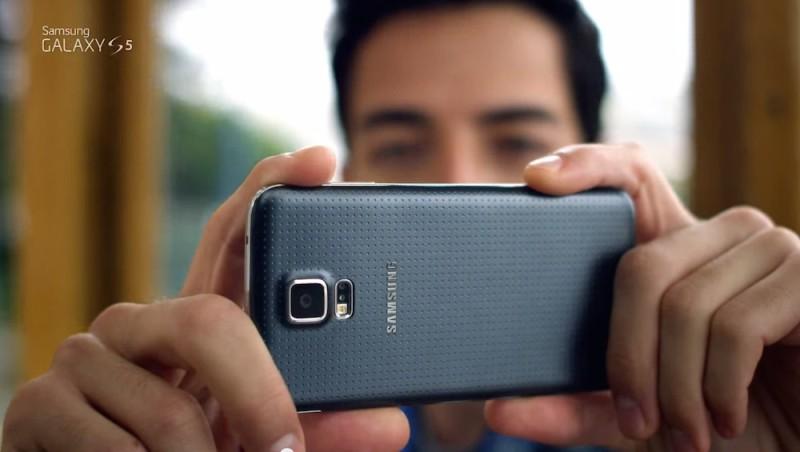 Mira al Galaxy S5 en todo su esplendor con el nuevo comercial de Samsung - Comercial-Samsung-Galaxy-S5-800x452