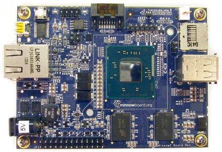 Intel lanza minicomputadora más pequeña que la Raspberry Pi