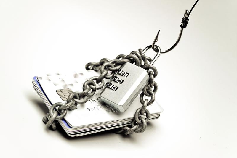 Falso correo de un banco propaga amenaza y roba datos de los usuarios en México - phishing-banco