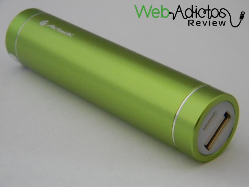 Batería externa Acteck Powerbank; Ligera, compacta y buen precio - Bateria-Externa-Acteck-PowerBank-MVPB-00308