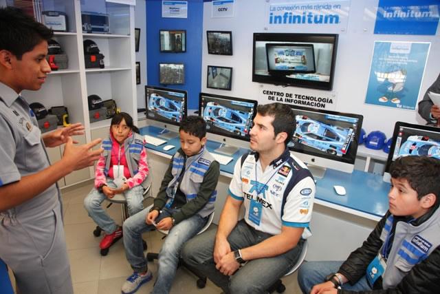 TELMEX inauguró nuevos centros de tecnologías de información para niños - Centro-de-TI-Telmex-Kidzania