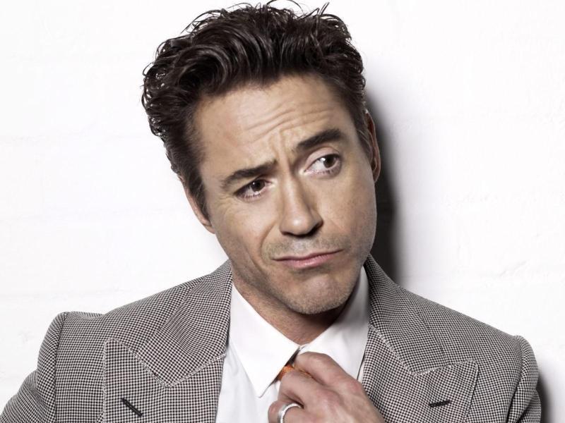 Robert Downey Jr. da la bienvenida a su hija recién nacida - robert_downey_jr_wallpaper_2013_3737699781-800x600