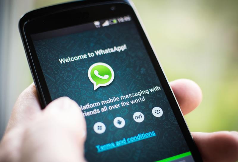 Falla en WhatsApp hace que la app se cierre al leer un mensaje - Bloquear-WhatsApp-con-un-mensaje