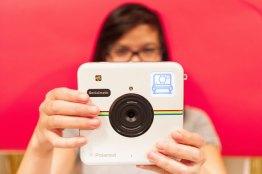 Socialmatic, la nueva cámara de fotos instantáneas de Polaroid llega en Enero y ya puedes preordenarla  - Camara-polaroid-Socialmatic