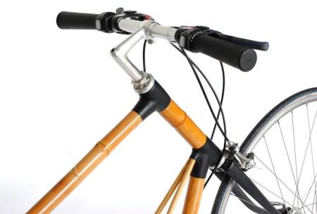 Diseñan bicicleta de bambú que recarga tu smartphone