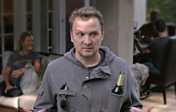 5 extraños proyectos de Kickstarter que fueron financiados en 2014 - drinking-jacket-kickstarter