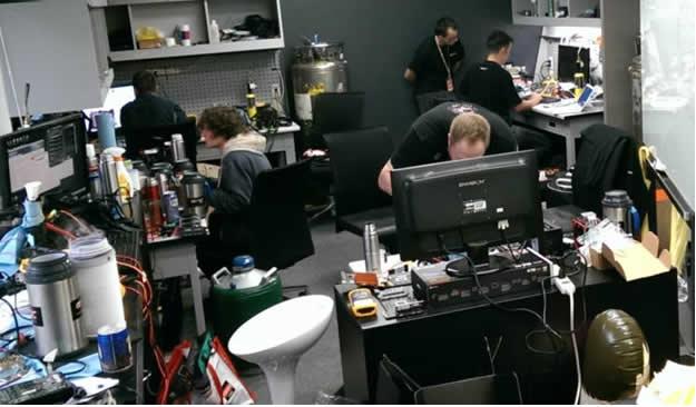 Reunión secreta de overclocking rompe múltiples récords mundiales con la motherboard X99 Champion de GIGABYTE - overclocking-gigabyte-