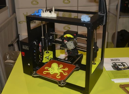 Lo mejor del CES 2015 - Día Cuatro [Resumen] - lulzbot-mini-3d-printer