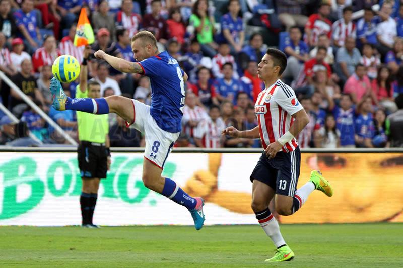 Resumen de la Jornada 7 de la Liga MX - Cruz-Azul-vs-Chivas-Jornada-7-Clausura-2015
