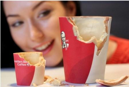 En KFC Reino Unido han lanzado unos vasos de café comestibles
