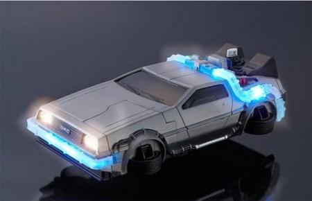Funda para iPhone 6 en forma de DeLorean de volver al futuro