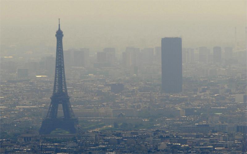 Vivir en zonas urbanas muy contaminadas puede provocar infarto cerebral - ciudad-smog