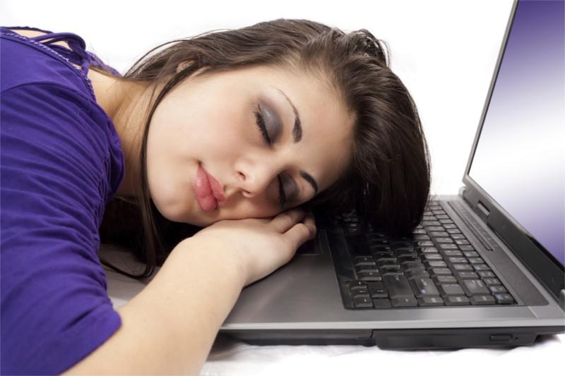 Dormir poco puede provocar obesidad - dormir-poco