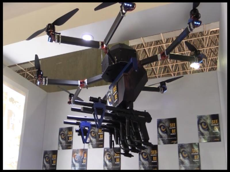 Lanzan un dron para control de manifestaciones en Brasil - DRON_MOFETA