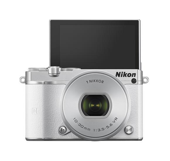 NIKON 1 J5, nueva cámara compacta de Nikon con lentes intercambiables - Nikon-1-J5-Selfie