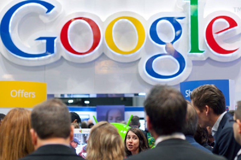 Google se aprieta el cinturón bajo presión de Wall Street - Google-empleados-800x533