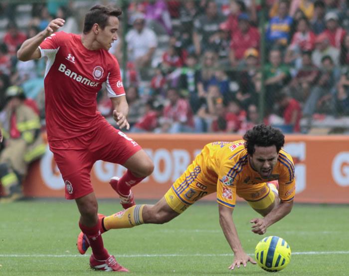 Tigres vs Toluca, Jornada 1 del Apertura 2015 - Tigres-vs-Toluca-en-vivo-Apertura-2015