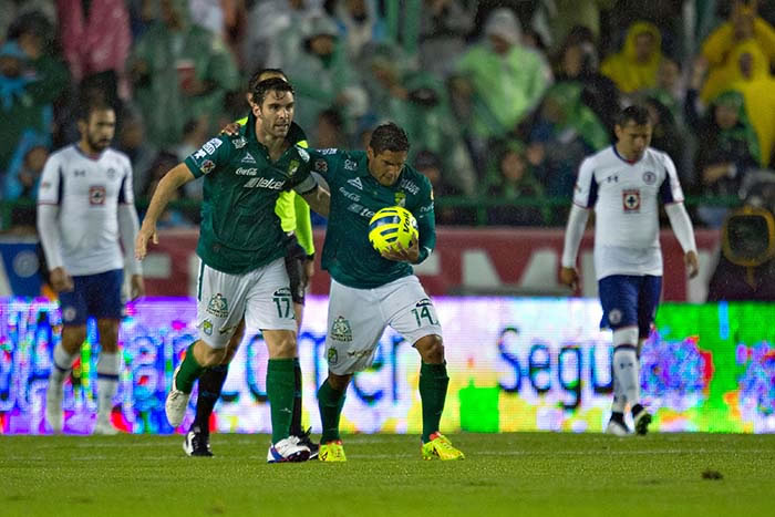 Cruz Azul vs León ¿A qué hora juegan en el Apertura 2015 y en qué canal lo pasarán? - Cruz-Azul-vs-Leon-Apertura-2015-a-que-hora-juegan