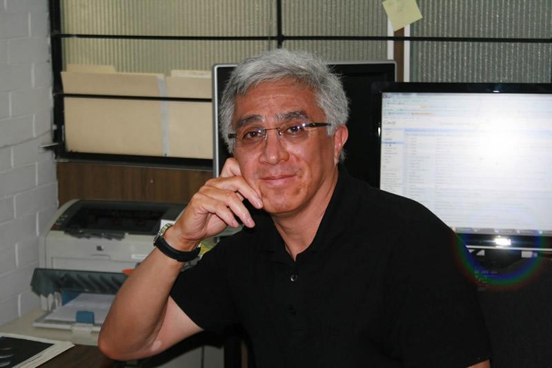 Crean científicos de la UNAM nanoproducto para combatir a la garrapata - Enrique-Angeles-Anguiano-UNAM-nanoproducto