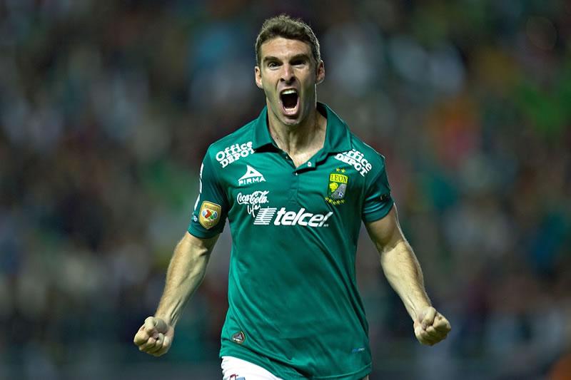 A qué hora juega Chivas vs León en el Apertura 2015 y en qué canal se transmite - Horario-Chivas-vs-Leon-Apertura-2015-y-en-que-canal