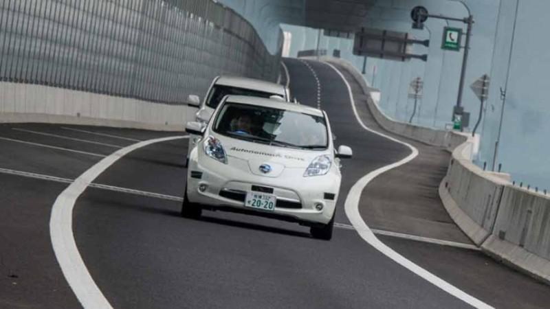 Nissan prueba vehículo inteligente que reconoce peatones - nissan-autonomus-drive-3-800x450