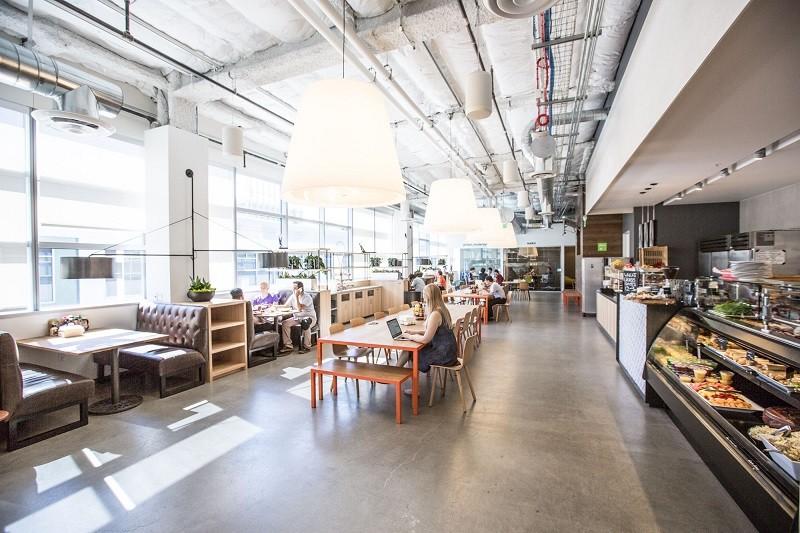 Restaurante de las oficias de Dropbox recibe reconocimiento gastronómico - dropbox-tuck-shop-2-800x533