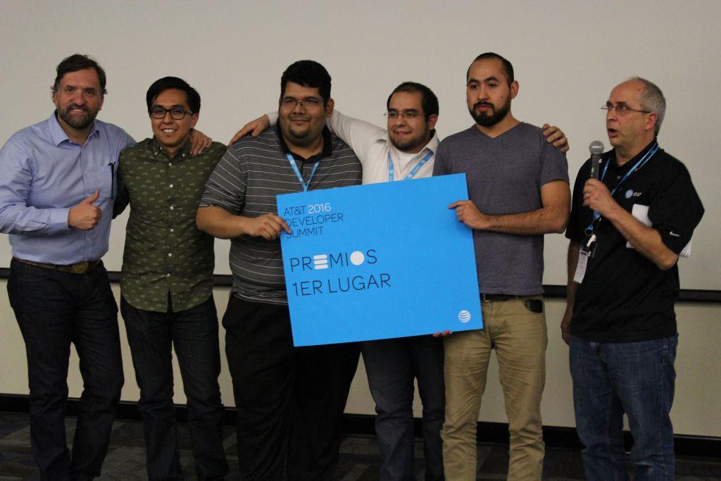 AT&T impulsa a los desarrolladores mexicanos en Hackathon - att-impulsa-a-los-desarrolladores-mexicanos-en-hackathon2