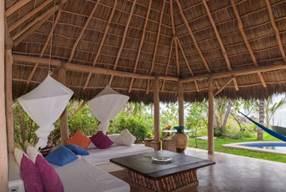 Gwyneth Paltrow viaja a Punta Mita, México y se hospeda en una Villa de Airbnb - casa-mar