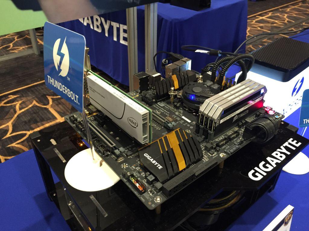 GIGABYTE Presenta sus motherboards y la nueva generación de su línea BRIX en el CES - gigabyte-presenta-sus-motherboards-y-la-nueva-generacion-de-su-linea-brix-en-el-ces3