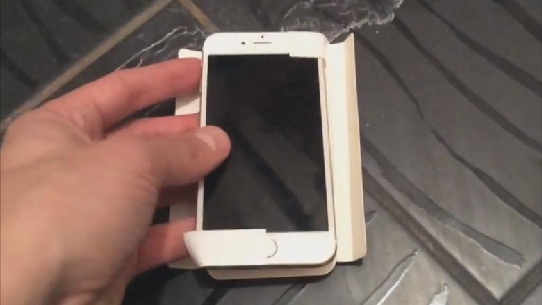 El iPhone pequeño se filtra en video. - iphone-pequeno
