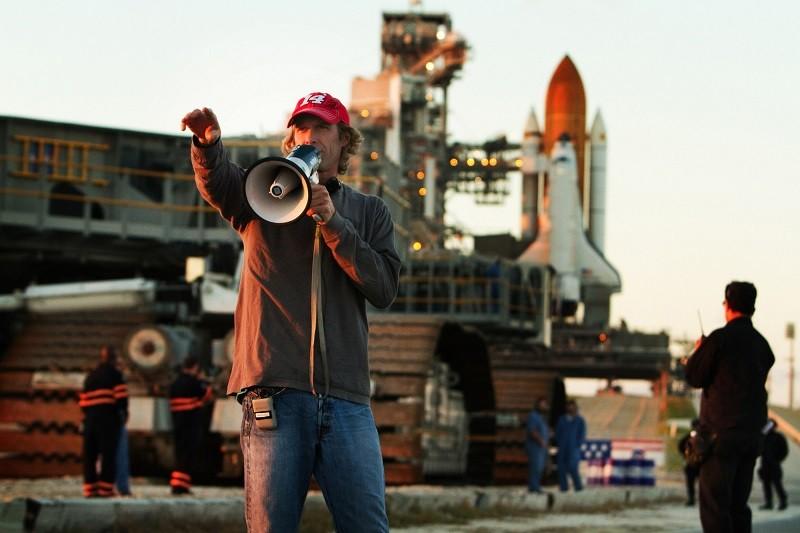 """Michael Bay dirigirá, por última vez, """"Transformers 5"""" - michael-bay-800x533"""