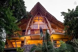 Gwyneth Paltrow viaja a Punta Mita, México y se hospeda en una Villa de Airbnb - punta-sayulita-casa-del-arbol
