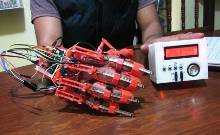 Ingeniero del IPN desarrolla sistema para traducción de señas