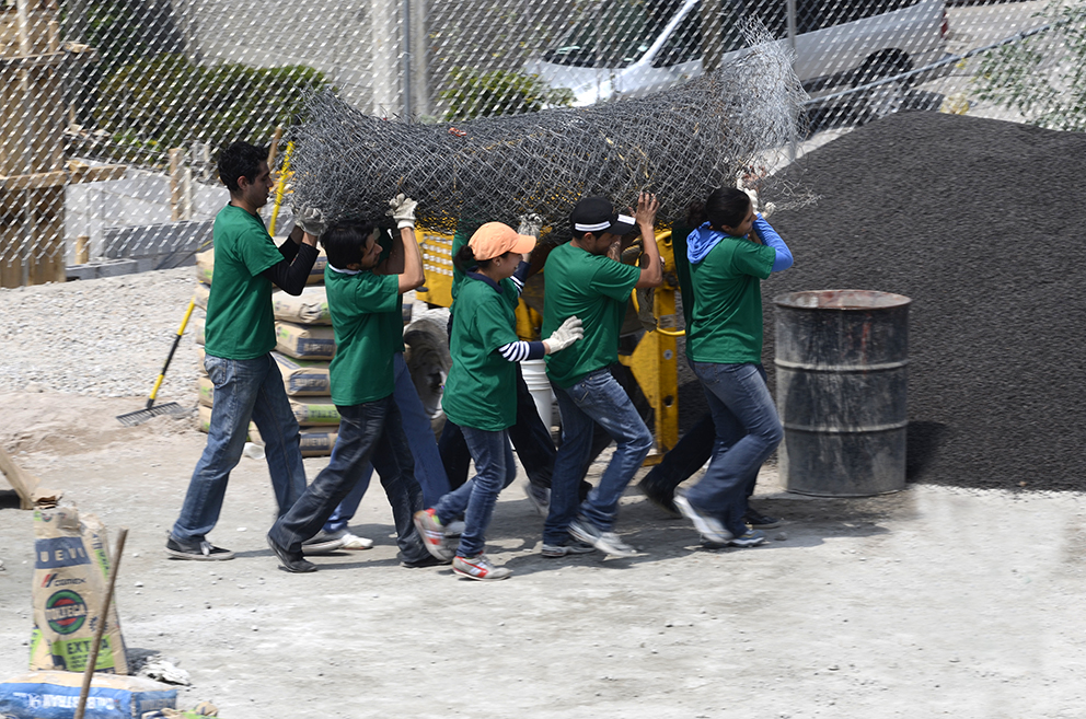 Starbucks promueve el servicio comunitario en México - mes-mundial-de-servicio-comunitario_-recuperacion-de-espacios