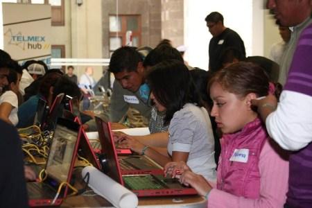 Telmex proporciona cursos gratuitos en todo México por el Día del Internet