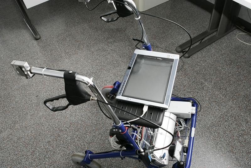 Crean caminador que funciona con inteligencia artificial para los adultos mayores - caminador-inteligencia-artificial