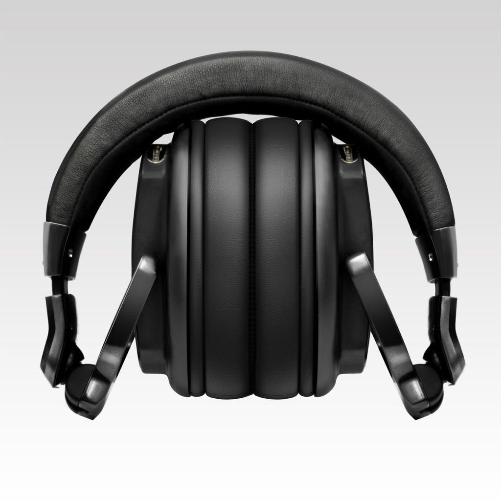Nueva dupla de audífonos Pioneer para monitoreo musical de alta precisión - hrm-6_folding_low_0325