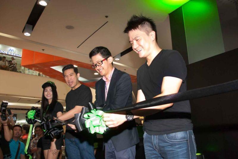 Razer anuncia la apertura de su primera RazerStore en Estados Unidos - razer-store-ph1-800x534