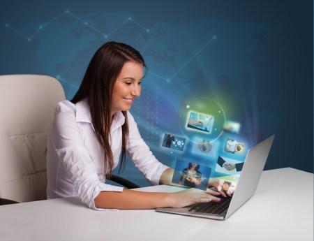 Nuevos cursos en línea especializados en negocios y comunicación