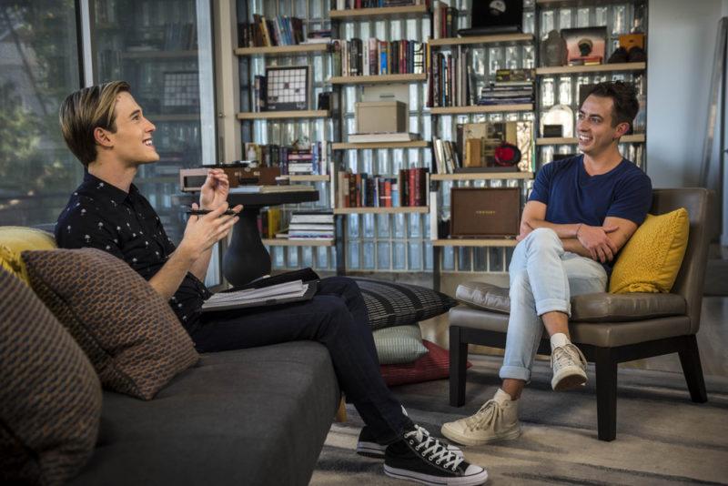 "2° temporada de ""Hollywood Medium with Tyler Henry"" se estrena el 12 de octubre - 8-hollywood-medium-with-tyler-henry-segunda-temporada-e-entertainment-800x534"