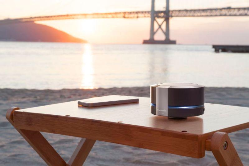 Panasonic lanza altavoz inalámbrico Urban ¡doce horas de música en 360º! - panasonic-sc-rb5e-k-estilo-vida-3-800x534
