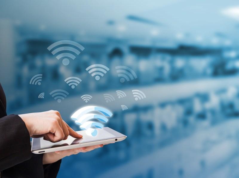 Conectividad Wifi en los centros comerciales para incentivar las compras - conectividad-wifi-un-aliado-de-los-centros-comerciales-para-incentivar-las-compras