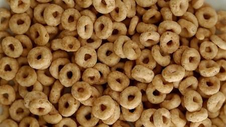 Crean snacks con harinas de frijol germinado que tienen antioxidantes y previenen el cáncer