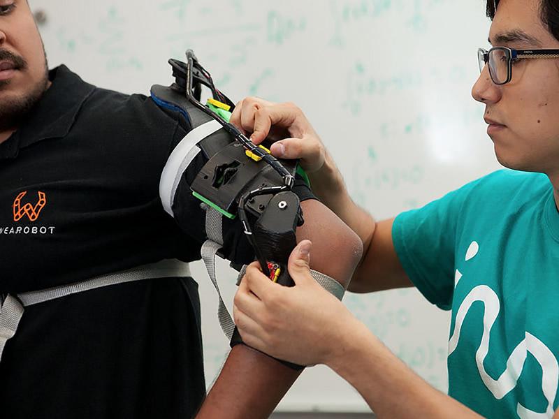 mexicanos exoesqueleto inteligencia artificial Mexicanos añaden inteligencia artificial a exoesqueleto para mejorar su uso en rehabilitaciones físicas