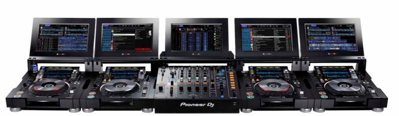 djay PRO ya es compatible con los CDJ-2000NXS2 y CDJ-TOUR1 de Pioneer DJ - set_front