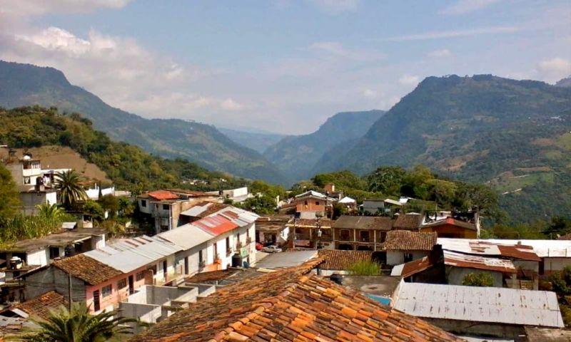 10 Pueblos Mágicos para visitar en Semana Santa (a menos de 3 horas de la CDMX) - 9-pahuatlan-800x480