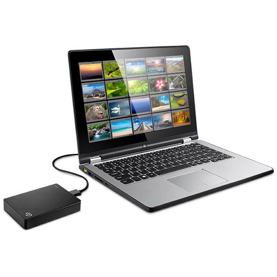 Unidad Backup Plus Portable, el disco duro portátil más potente del mundo - backup-plus-portable-laptop