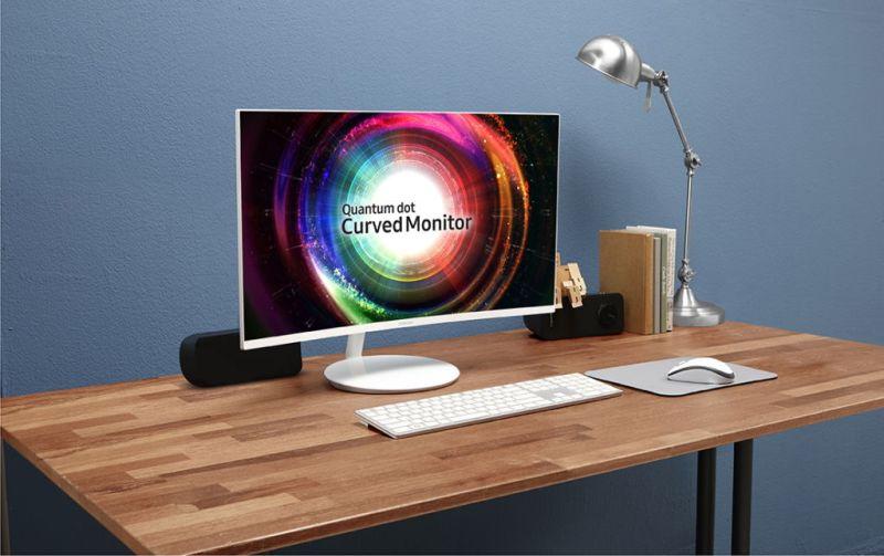 quantumdotcurvegamingmonitor3 800x503 Samsung lanza monitores curvos con tecnología Quantum dot en México