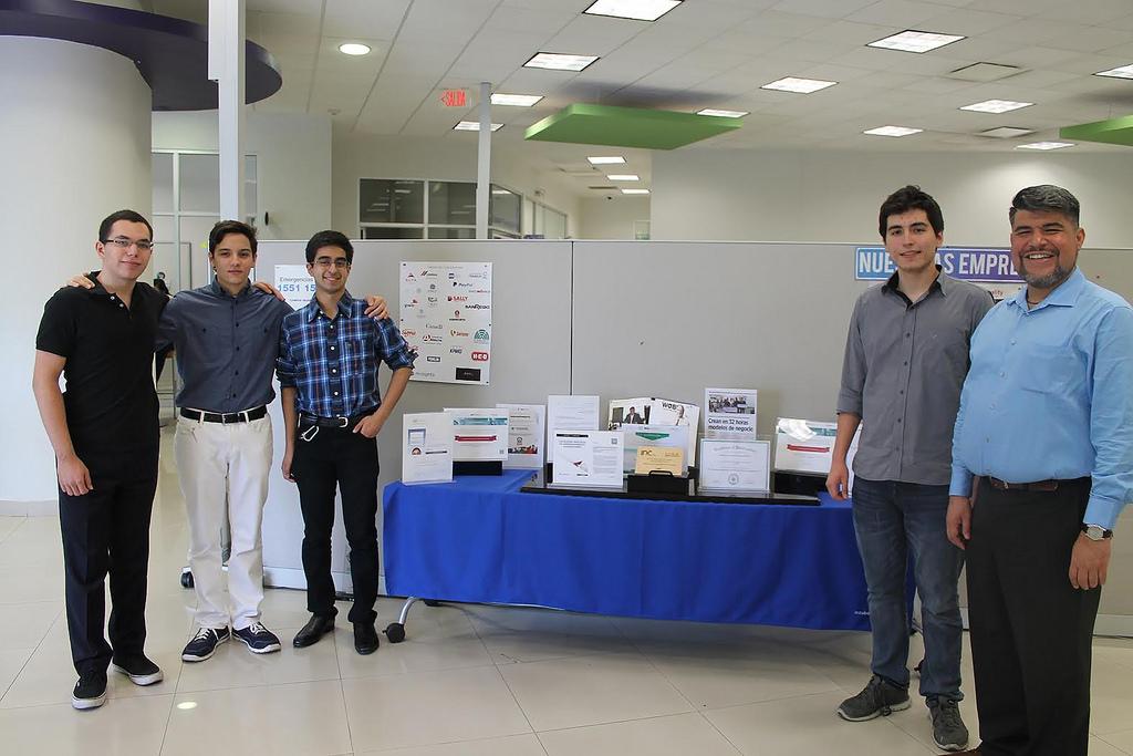 sosten que detecta cancer de mama 3 Desarrollan estudiantes mexicanos sostén que detecta cáncer de mama