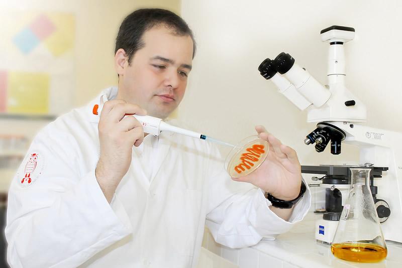 jose ruben morones ramirez Investigador mexicano logra fusionar metales para combatir bacterias dañinas